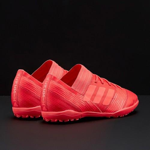 detskie-futbolnye-sorokonozhki-adidas-09q83r7