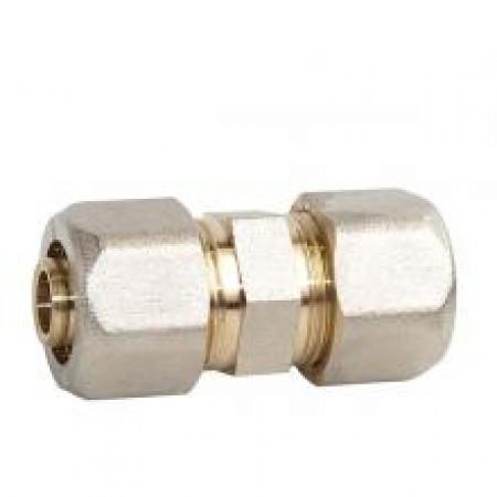 Муфта соединительная для металлопластиковых труб 20 х 20 Gross