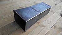 Основание - труба прямоугольного дымохода с расширением книзу, длинна 0,6 метра, черный металл 3 мм