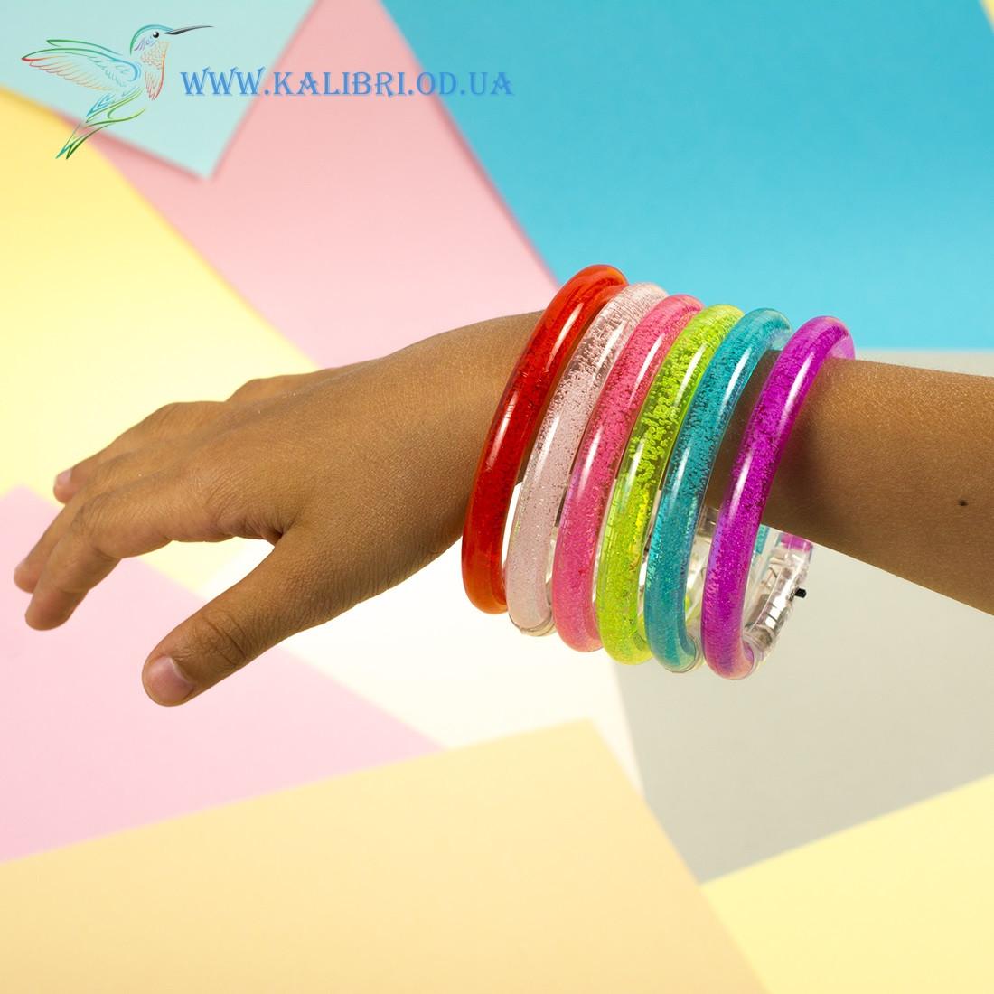 Детский светящийся браслет из пластика на руку