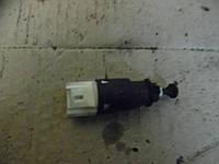 Датчик стопов (лягушка) Renault Sandero Stepway 08-11 (Рено Сандеро Стапвей), 8200276361