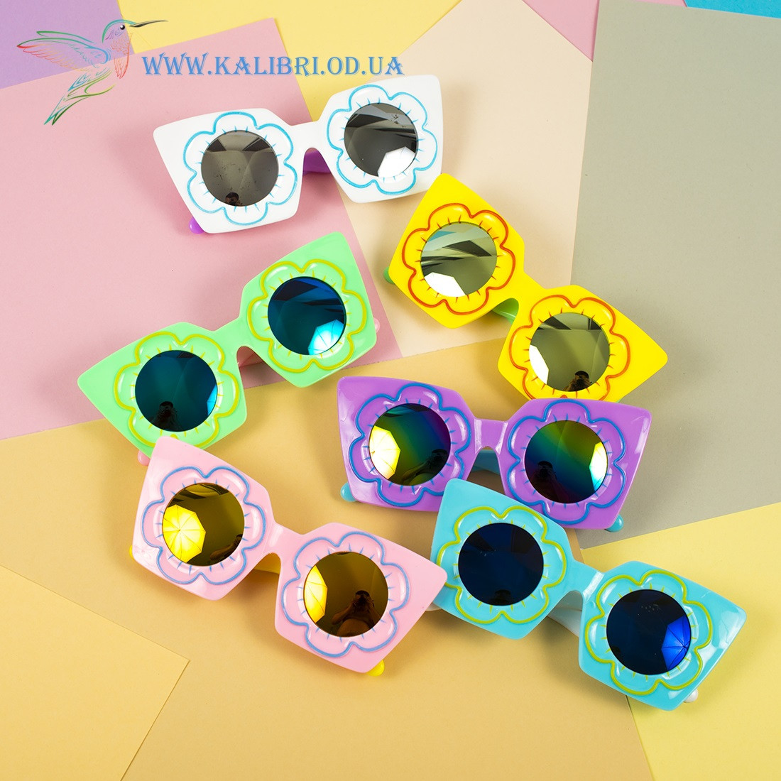 """Детские солнцезащитные очки """"Ромашка"""" 6 цветов"""