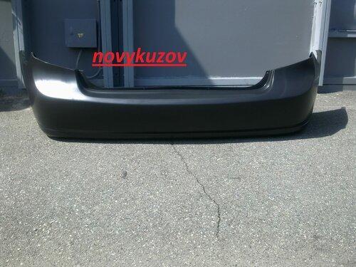 Бампер задний на Toyota Yaris