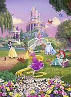 Фотообои на стену: 184 х 254 см. Веселые принцессы. Komar 4-4026