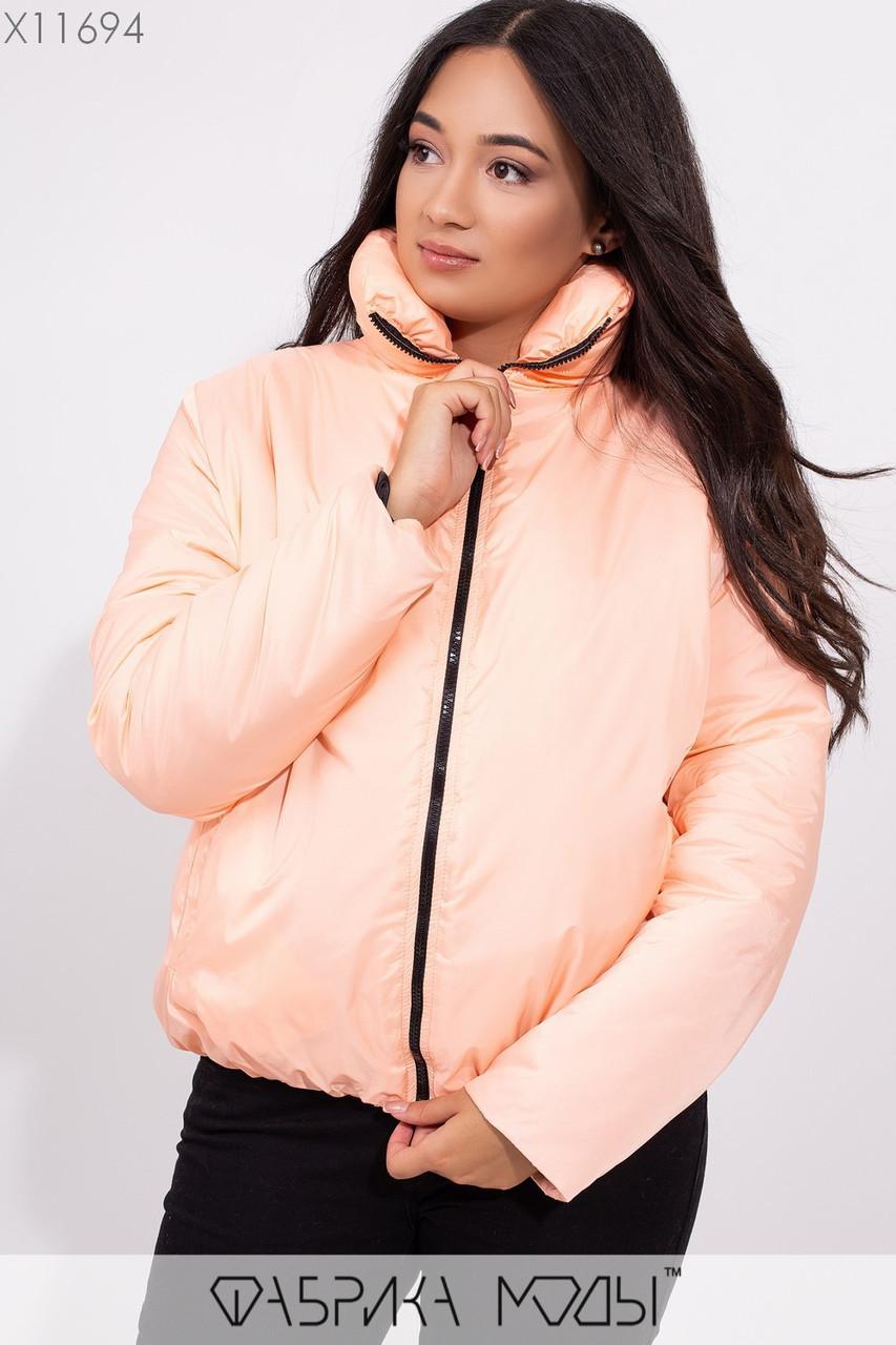 Короткая демисезонная куртка в больших размерах на молнии с воротником стойкой 1ba258