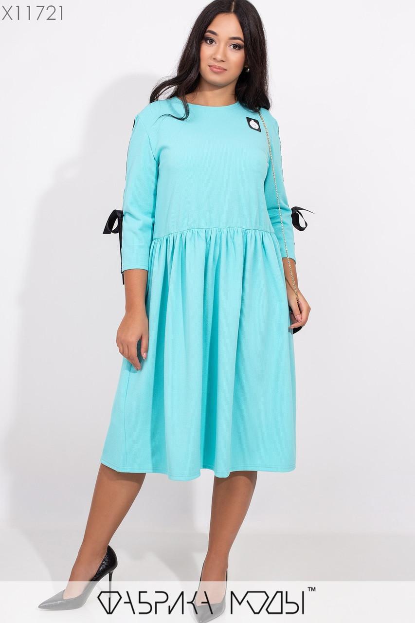 Платье в больших размерах с расклешенной юбкой миди и рукавом с отделкой 1blr275