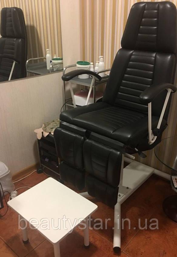 Кресло педикюрное с раздельными ногами