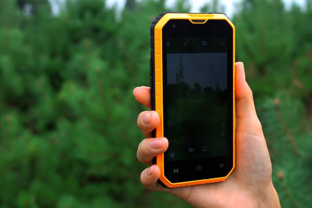NO.1 M2 - фотообзор защищенного смартфона 20
