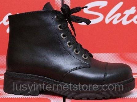 Ботинки кожаные на низком каблуке от производителя модель СТБ42