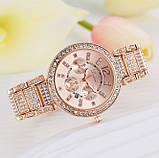 Женские наручные часы с камнями, фото 3
