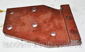 Пластина левая тягово-сцепного устройства 1321-2707070Б