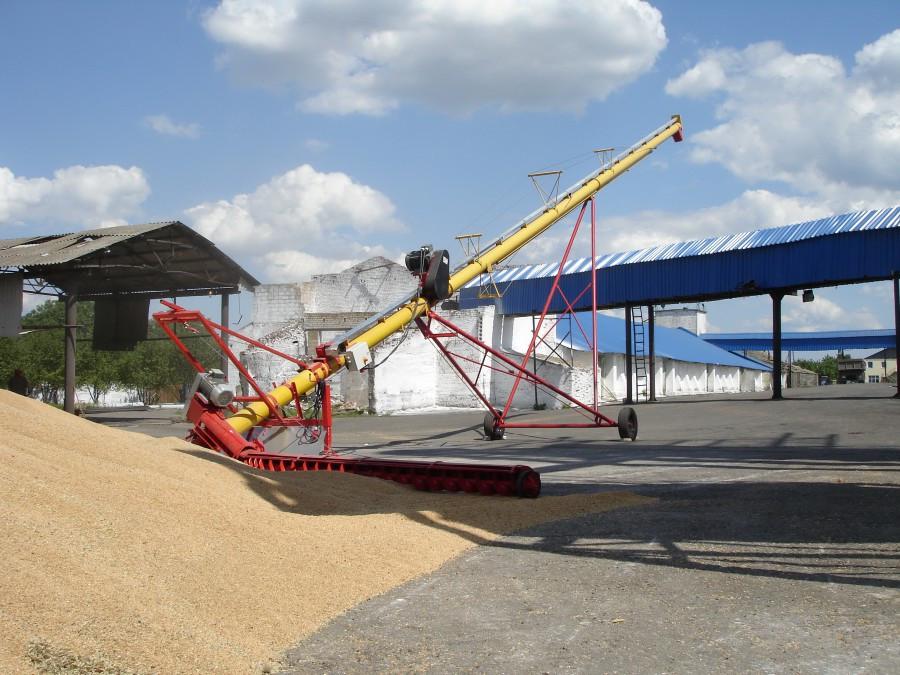 Высотный шнековый подборщик зерновых культур, пшеница, ячмень, кукуруза и т.д.