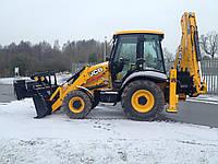 Уборка снега трактором, фото 1