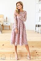 Вечернее платье-миди с сеткой и цветочной вышивкой цвет розовый