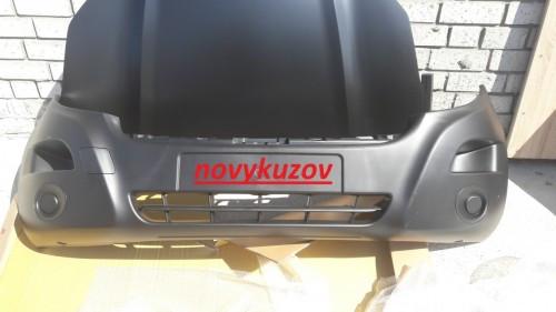 Бампер передній на Opel Movano з 2010 р.-