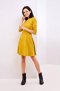 Осеннее платье горчичного цвета