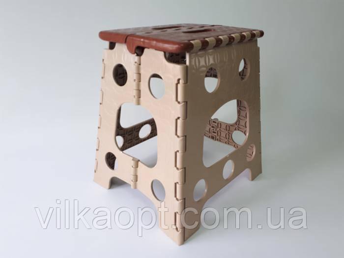 Стілець розкладний пластмасовий mini 27 x 23 h 36 cm.