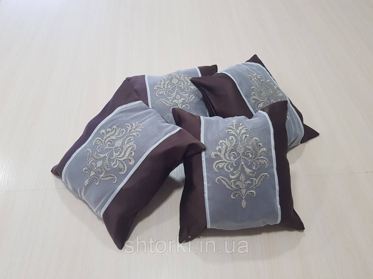 Комплект подушок шоколад з коронкою, 4шт