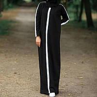 Трикотажное платье в пол в спортивном стиле