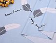 Сатин (хлопковая ткань) перышки бело-серые с надписями на голубом, фото 2