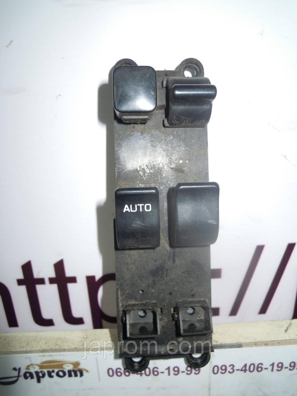 Блок кнопок стеклоподъемников (на 2дв) Nissan Micra K11 1992-2002г.в.