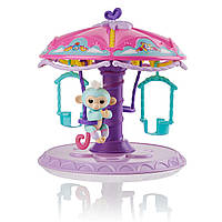 Игровой набор Фингерлингс Обезьянка Абигейл на карусели Carousel with 1 Fingerlings Baby Monkey 3736