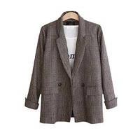 Женский коричневый пиджак в клеточку