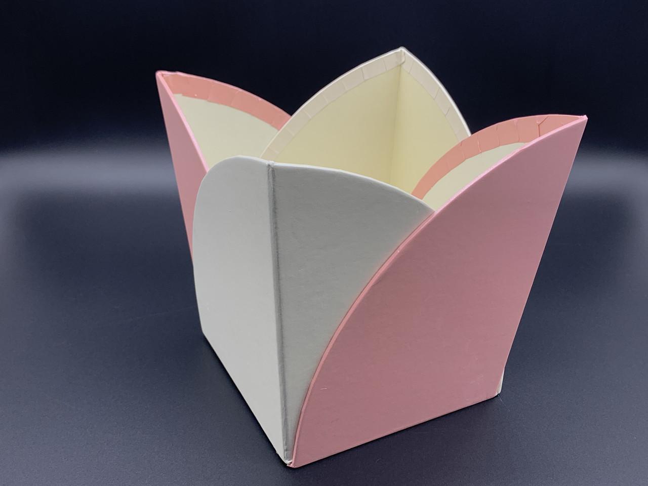 Коробки для цветов. Цвет бело-розовый. 16х15см