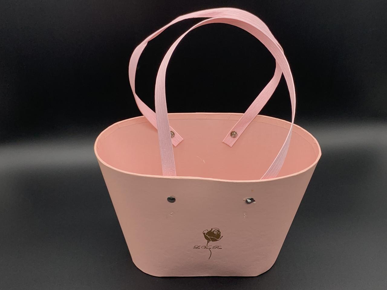 Коробки для цветов с ручкой. Сумочка. Цвет розовый. 15х22см