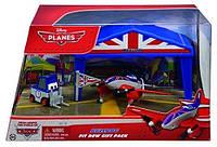 Бульдог - гараж Самолет (Летачки)(Disney Planes Bulldog Giftset)