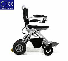 Легкая, складная электроколяска для инвалидов W1023-26. Инвалидная коляска переносная., фото 3