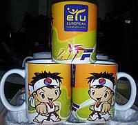 Печать на чашке фирменного логотипа