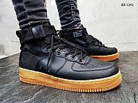 Мужские кроссовки Nike SF Air Force 1 Mid, кожа, нейлон, полиуретан, черные.