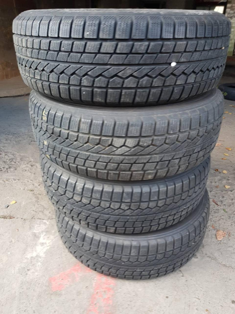 TOYO OPEN COUNTRY 215/70/16R