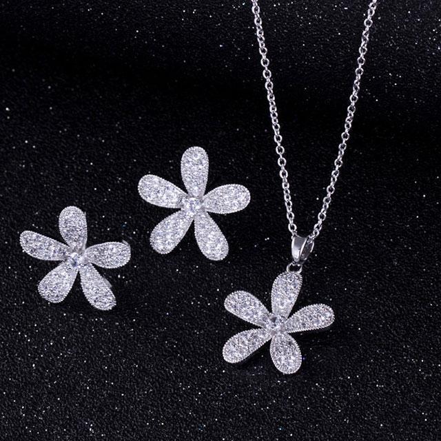 Набір прикрас - Дари флори (Сріблястий з білим)