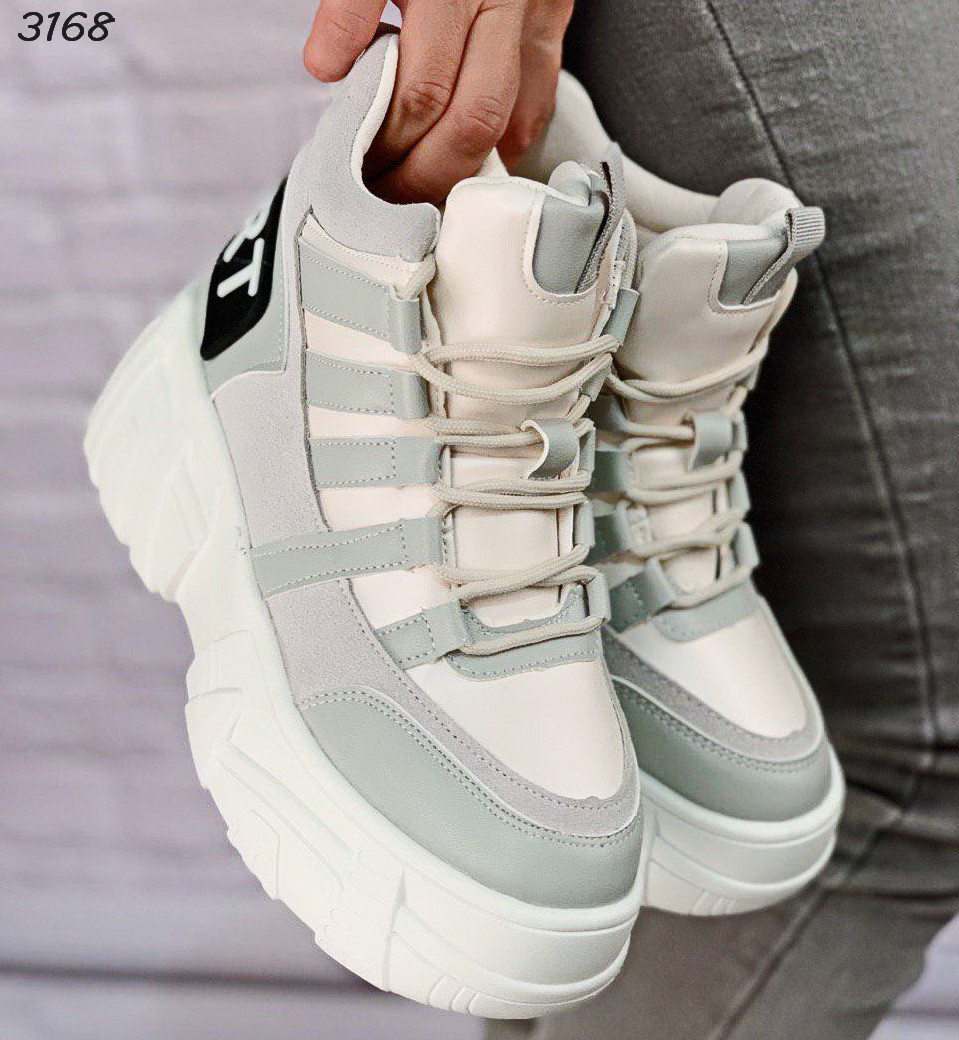 Крутые ботинки женские