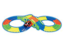 Гибкий гоночный трек с мостом 128 деталей с машинкой (со светом) Maya Toys 7203