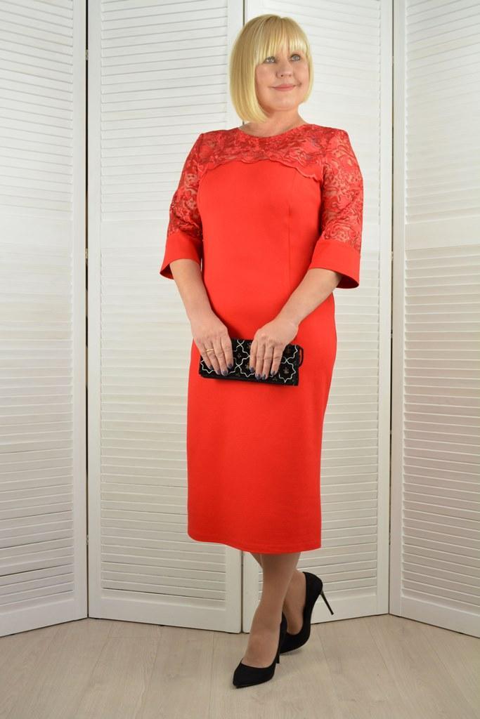Платье красное с кружевом - Модель Л626