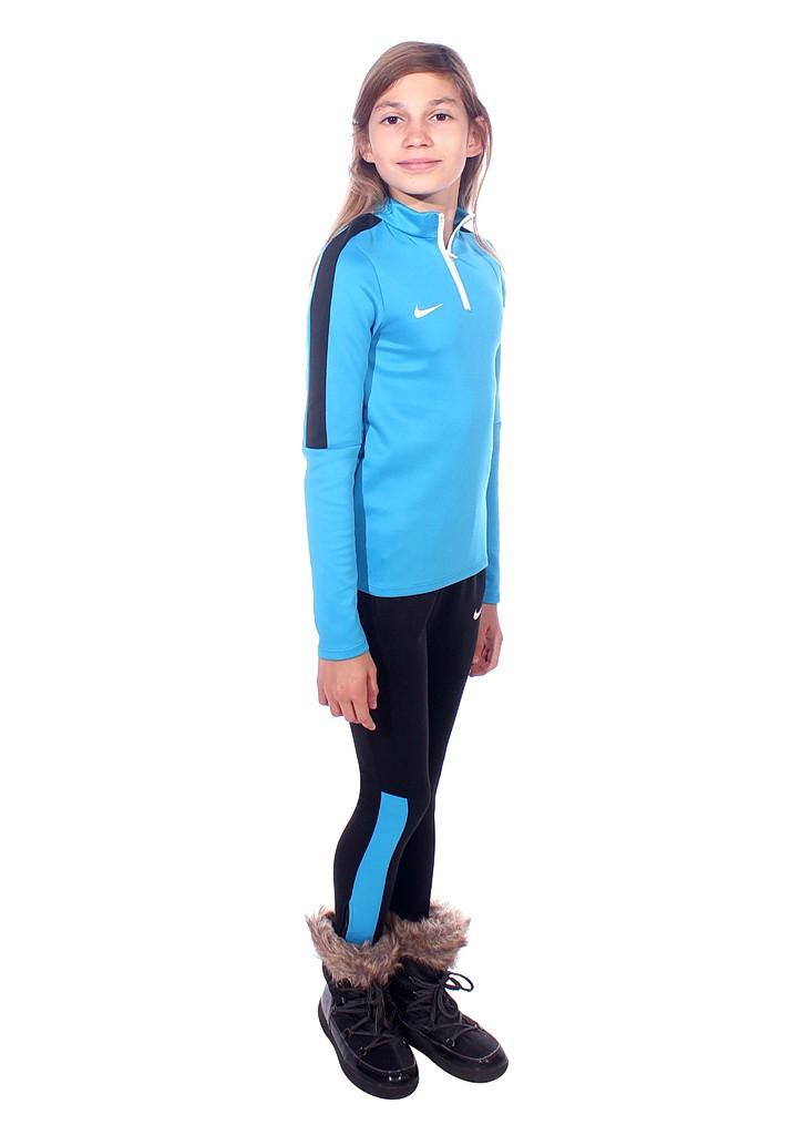облегающий спортивный костюм на заказ с узкачами
