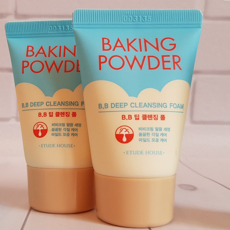 Пенка для умывания и демакияжа ETUDE HOUSE Baking Powder BB Deep Cleansing Foam MINI 30 мл