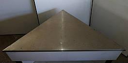 Стол производственный из нержавеющей стали треугольный в б/у 160см*104см*90см