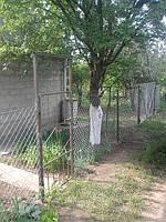 Забор на даче из Сетки Рабица натяжной