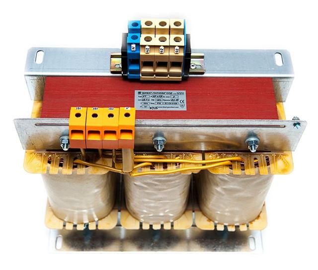 Трехфазные автотрансформаторы (сервотрансформаторы) ATF