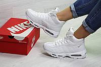 Женские зимние кроссовки на меху Nike 95, белые