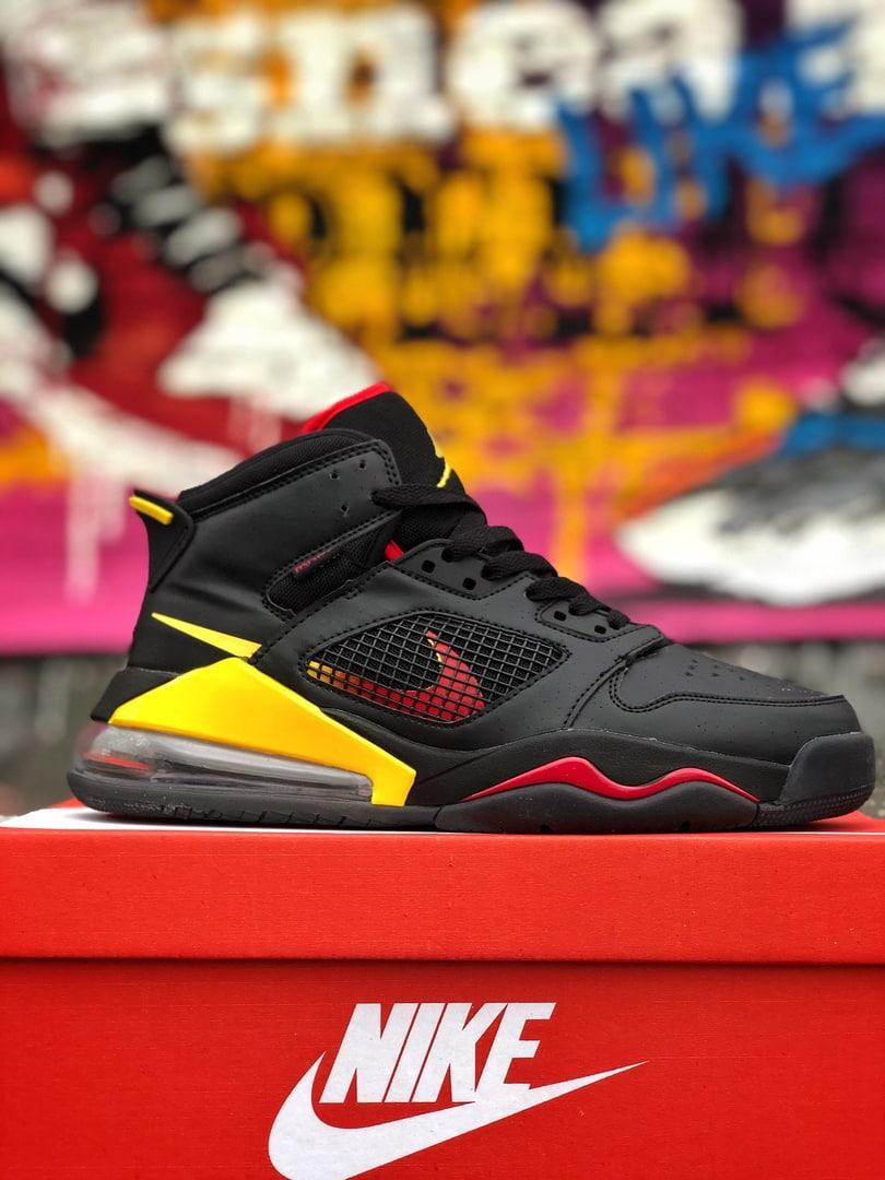Кроссовки Nike Jordan Mars 270 Чёрные-Жёлтые