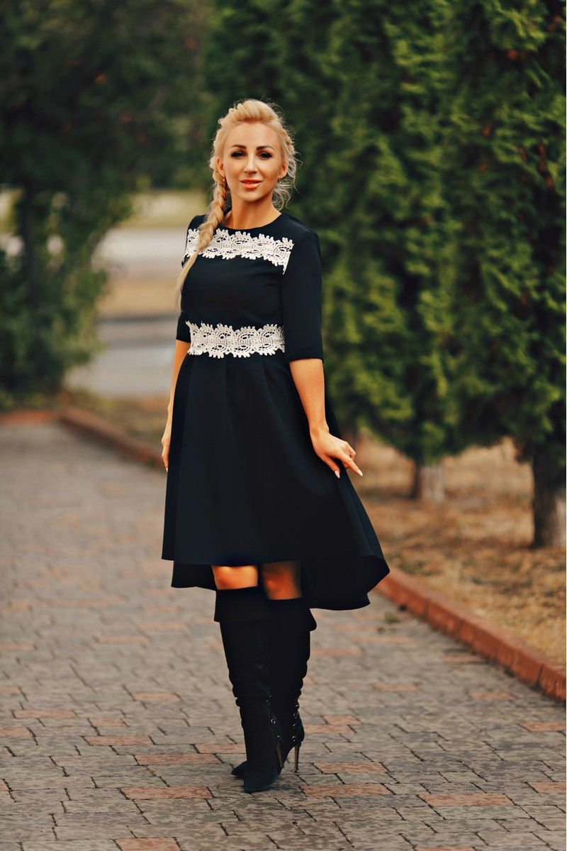 Платье с пышной юбкой Амели 02 чёрное ( 236-02)
