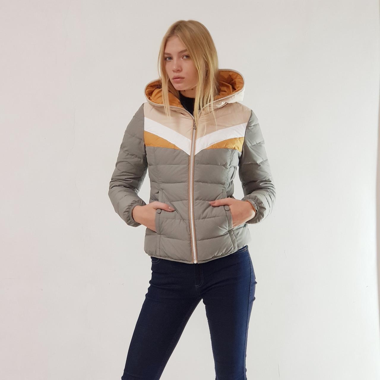 Куртка пуховик короткий женский Snowimage с капюшоном 50 оливковый 118-9400