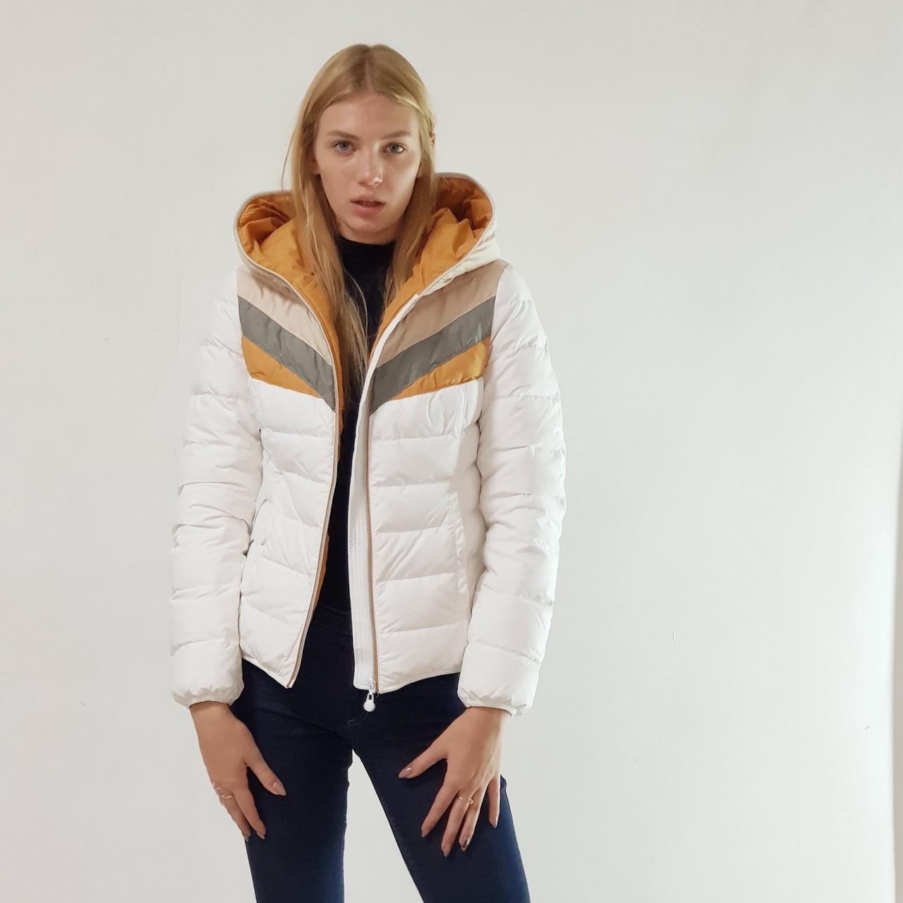Куртка пуховик короткий женский Snowimage с капюшоном 48 белый 118-01