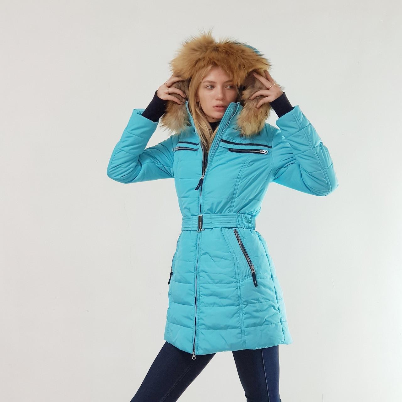 Куртка пуховик зимний женский Snowimage с капюшоном и натуральным мехом 48 голубой 312-3249