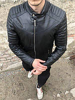 Черная мужская куртка-кожанка